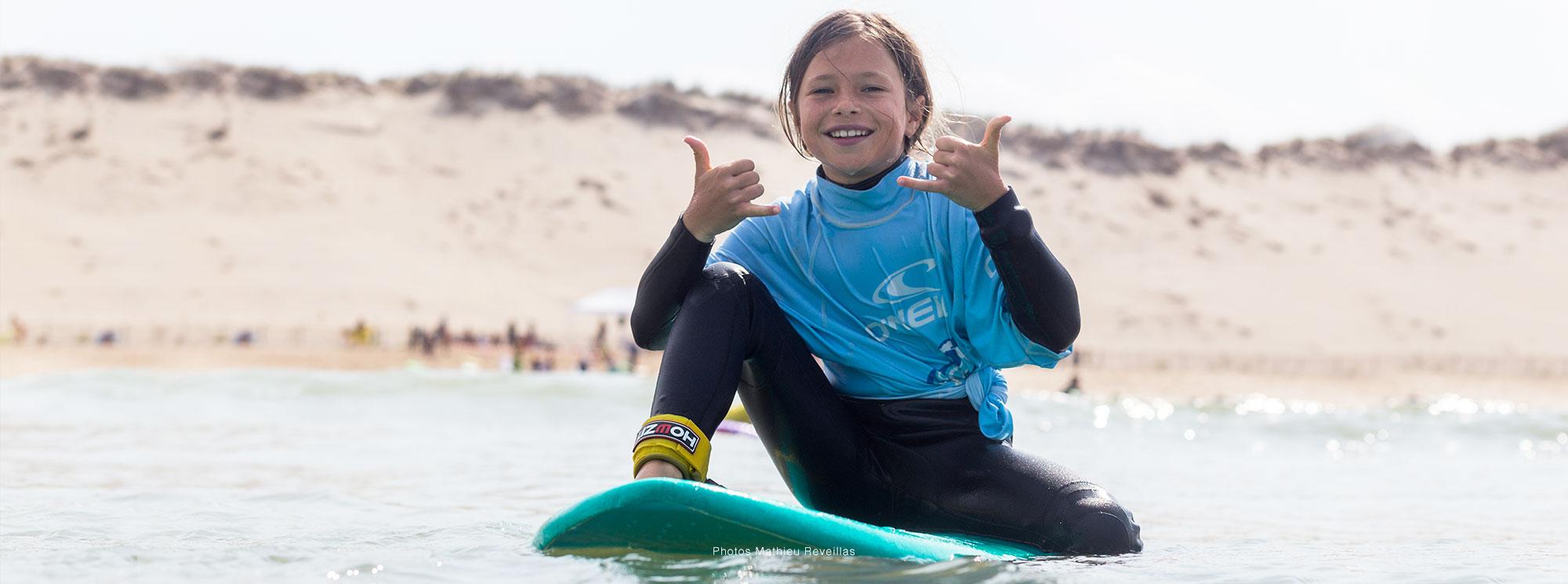 surfeuse coco surf école de surf